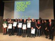 Foto de grup amb els guanyadors i membres del jurat dels Premis ACCA 2018