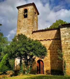 Vista parcial de Sant Martí del Clot, a la Vall de Bianya (foto: Manel Bayo)