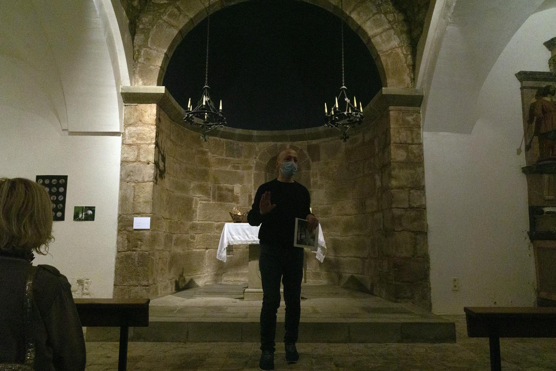 Vista parcial de l'interior de l'església de Sant Andreu de Socarrats. Bianyal 2020 (foto: Luís Delgado)